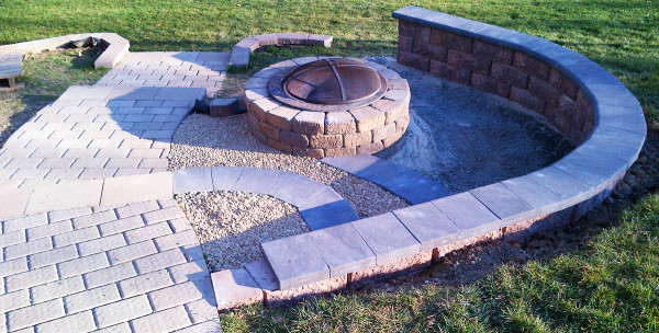 Outdoor-Hardscapes-Richmond