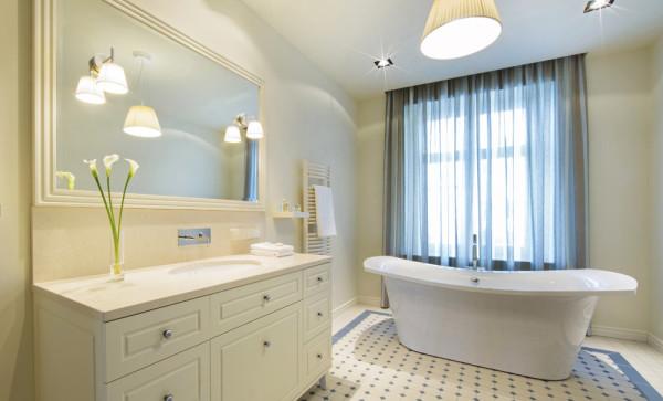 Large-Bathrooms-Portfolio-Feature